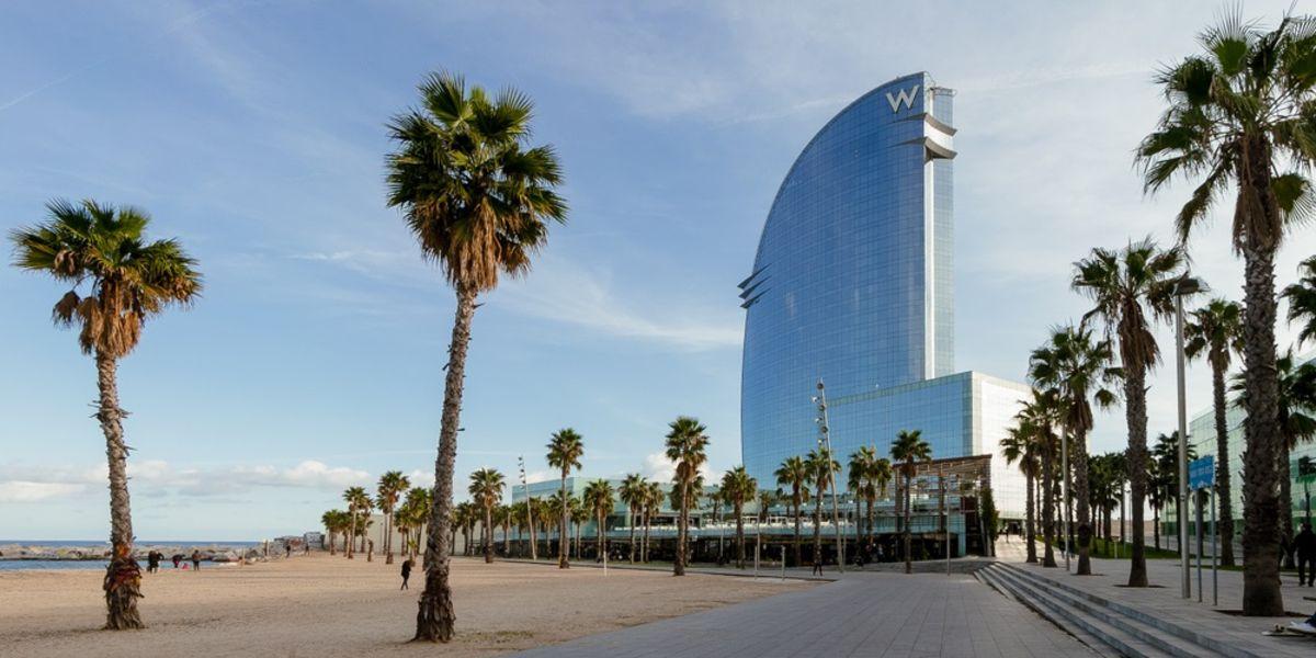 ¿Cuáles son las mejores zonas para alojarse en Barcelona?