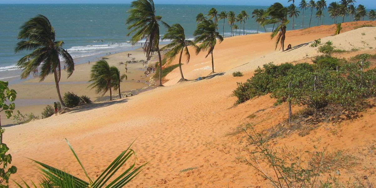 Directos a Fortaleza a partir de AR$ 15.669 (U$D 360) + 6 cuotas sin interés desde Buenos Aires
