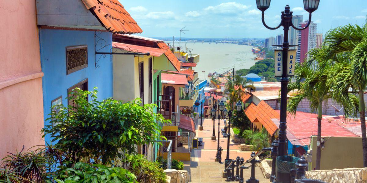 Vuelos a Guayaquil por AR$ 21.057 (U$D 369) desde Buenos Aires