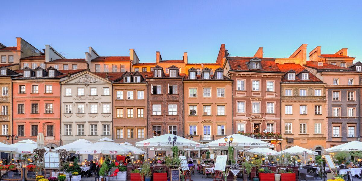 Vuelos a Estambul + Varsovia a partir de AR$ 38.113 (U$D831) desde BUE