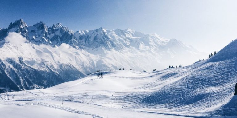 Opciones de esquí en Chapelco desde AR$ 22.117 + 12 cuotas sin interés