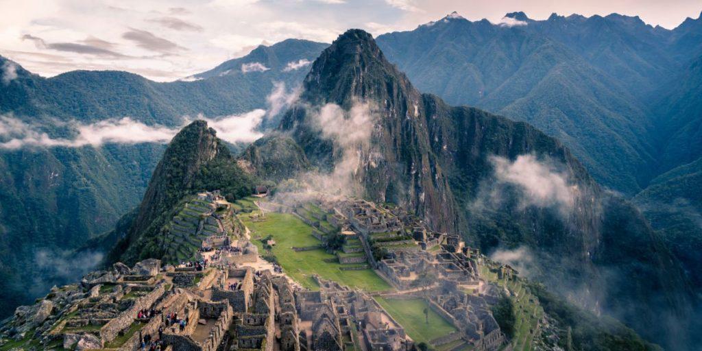 Perú reabre sus vuelos internos